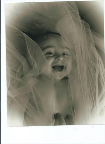 BABY JULIAN.7.5 MOS. OLD.STUDIO ONE 001