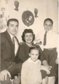 saloom,-raymond-and-family